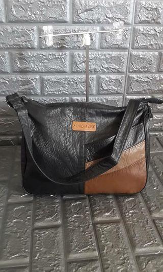 Sling bag more n' more