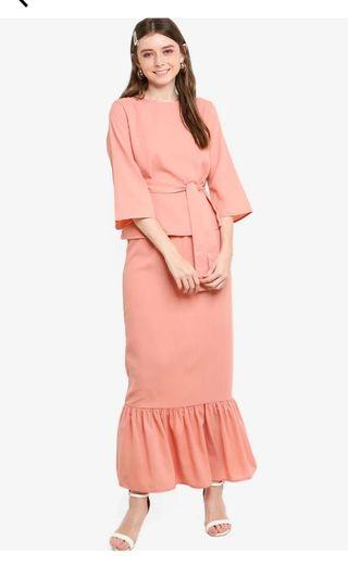 RENT - LUBNA Flared Sleeve Low Panel Skirt Set