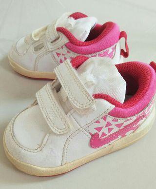 Sepatu Prewalker Nike