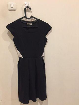 Black Dress simple