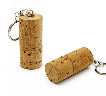 32 GB Wooden Cork Fashion KeyChain Flash Drive Design