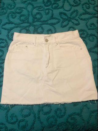 Glassons white denim skirt