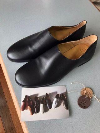 日本製手工鞋 que キュー 皮鞋 禪風 便鞋 vibram 27.5