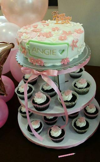 Mom's Birthday Cake & Cupcake Tower