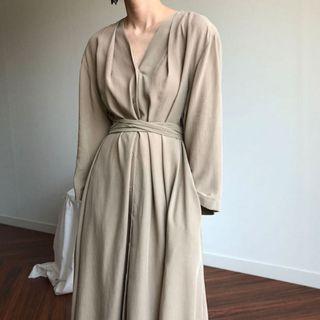 韓國復古寬鬆長款質感褶皺連身裙 【優雅森系洋裝】