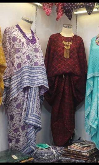 Batik kurung ( Purple )