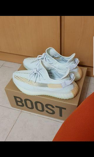 Multiple Sizes Adidas Yeezy Boost 350 V2 Hyperspace
