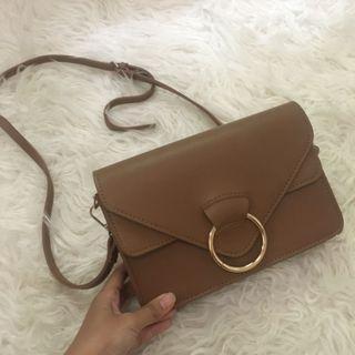 Sling bag beli di Zalora Brand Something Borrowed warna Coklat / Tas Wanita / Tas Coklat / Women Bag