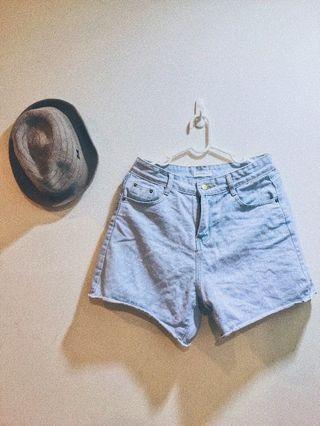 🚚 淺藍牛仔短褲