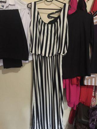 Jumpsuit Dress Hitam Putih