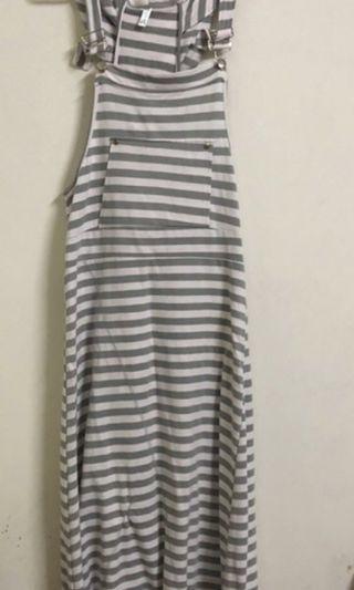 🚚 條紋吊帶長裙