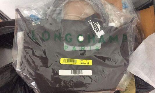 🚚 Longchamp hand bag / sling