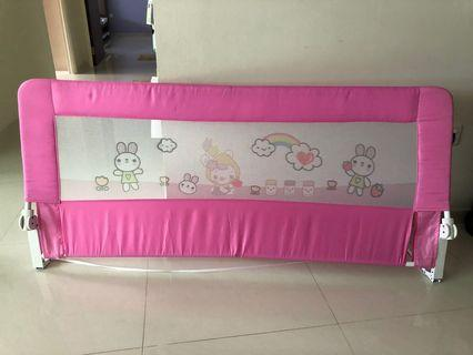 🚚 Bed rail