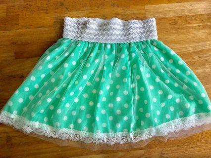 綠色底白波點短裙