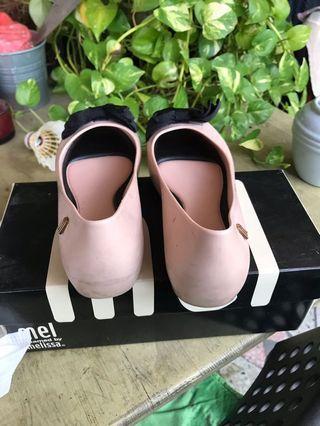 Kids shoe size 32 Eur Brand Melissa
