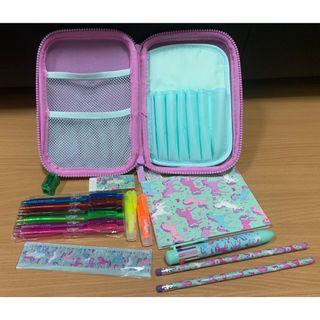 Hardtop Pencil Case Kit (Mint) (Smiggle) (Authentic) (Brand New)