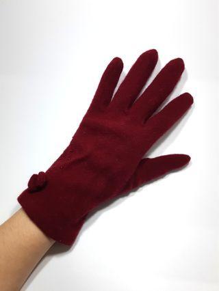 🚚 酒紅色手套