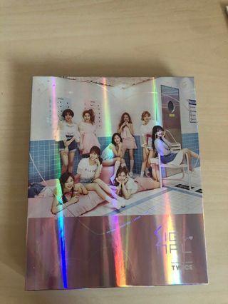 🚚 Twice Signal Album