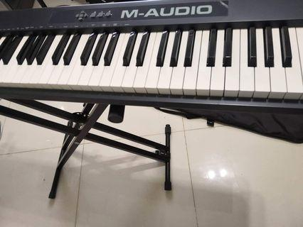 M Audio Keystation II 88 Key Midi Controller keyboard piano