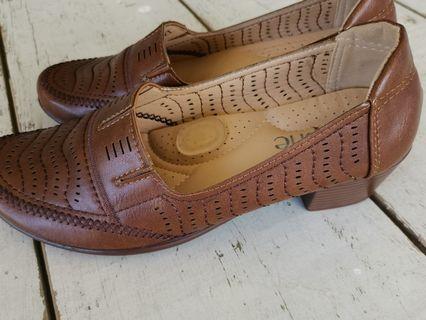 Elphe Ladies shoes