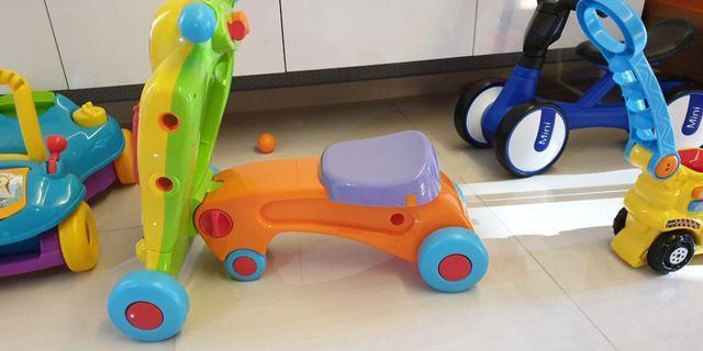 🚚 Used toddler walker