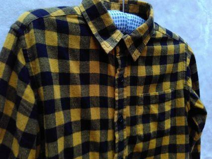 Preloved - Kemeja Flanel Uniqlo