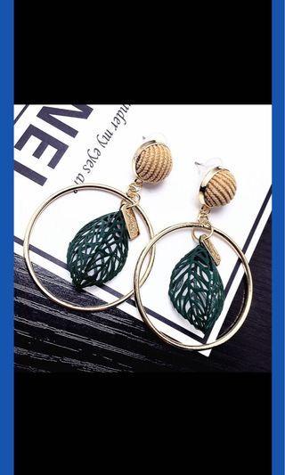 鏤空樹葉耳環