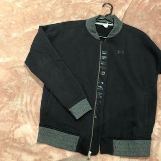 UA jacket size M