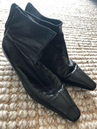 Bally shoes size 38.5
