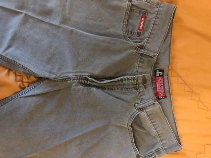 Jeans Abu Abu Branded