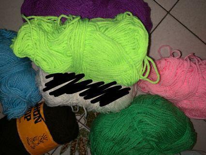 🚚 Assorted Yarn