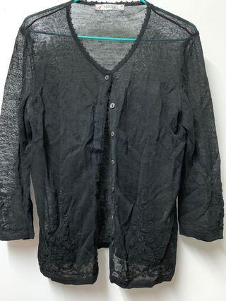 繡花黑外套