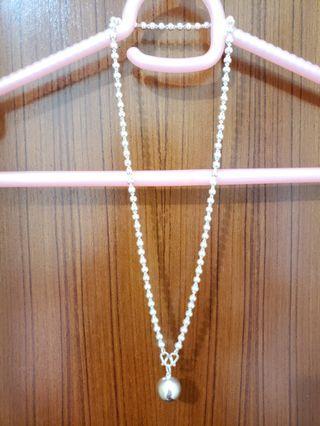 圓珠銀頸鏈