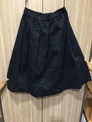 Black Skirt uniqlo