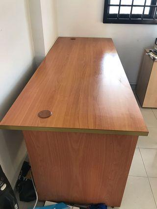 Office Table。long table