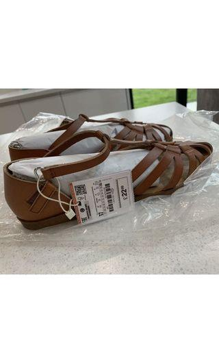 New with tags - Zara Leather Sandals