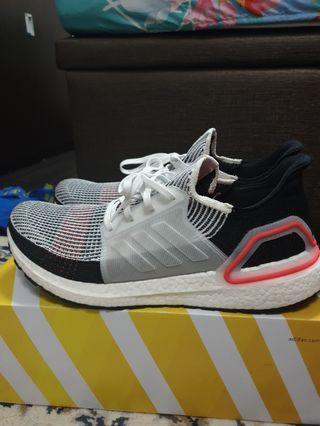 Adidas Ultraboost 19 US 14