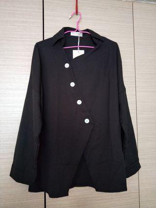 🚚 Black long sleeve top