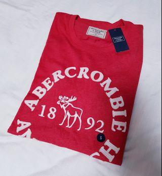 🚚 Abercrombie & Fitch Tee