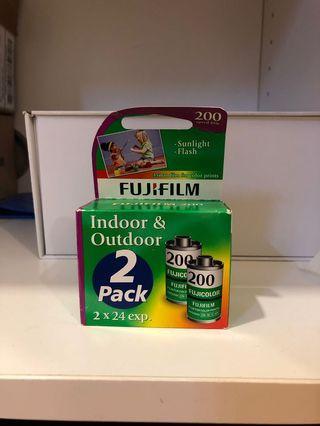 Expired Fujifilm fujicolor 200 35mm film