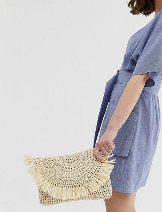 🚚 ASOS  South Beach Exclusive frayed edge natural straw clutch bag with detachable shoulder strap