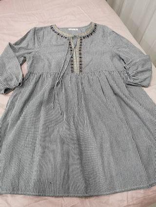 Preloved maternity dress
