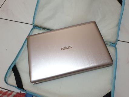 LAPTOP ASUS S200E Silver, TOUCHSCREEN