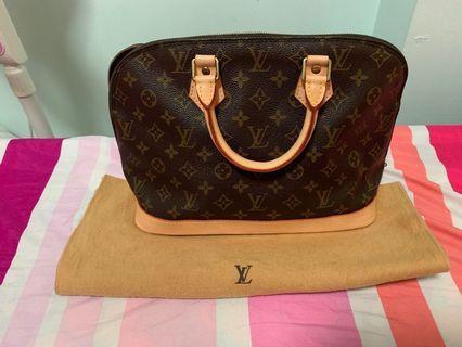 Sale!!! 500 Louis Vuitton