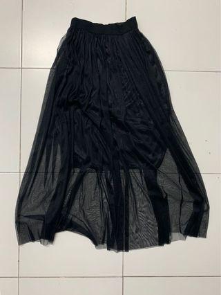 Mesh black skirt