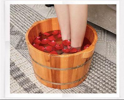 🚚 Oak Soaking Tub