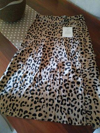 Witchery Silk Leopard Print Skirt (NWT)