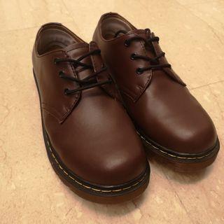 🚚 Dr Martens Brown Shoes