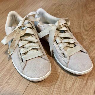 PUMA SOSTFOAM+米色運動鞋(八成新)