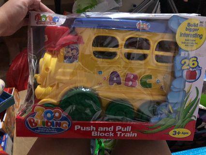 Stacking push and pull train LEGO alike